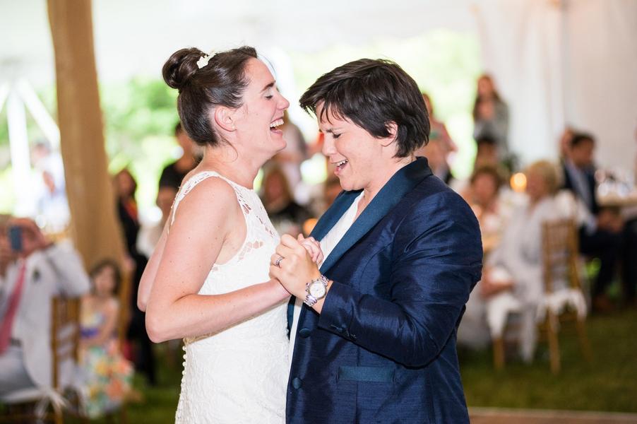 Amazing Lesbian Wedding Tuxedo